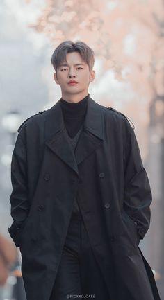 Handsome Korean Actors, Handsome Boys, Seo In Guk, Cute Black Wallpaper, Park Bo Young, Jungkook Abs, Japanese Drama, Korean Celebrities, Celebs