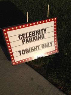 Red Carpet party signs - Love this Hollywood Party, Hollywood Birthday Parties, Hollywood Glamour, Red Carpet Theme, Red Carpet Party, Prom Themes, Movie Themes, Dance Themes, Movie Party