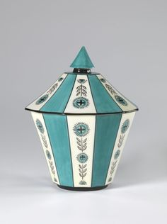 Nora Gulbrandsen, Cast porcelain, hand painted in enamel colourants over glaze. [Nora Gulbrandsen November 1894 – 14 February was a Norwegian porcelain designer and ceramic artist]. Ceramic Artists, Scandinavian Design, Norway, Vikings, Art Deco, Porcelain, Pottery, Hand Painted, Ceramics