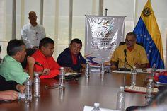Ministro Molina: No está contemplado reajuste del pasaje en el país