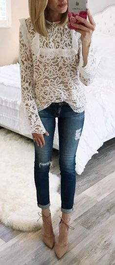 cool outfit idea lacer top + rips + heels