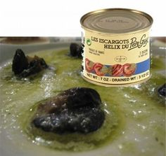 "Here is your ""EWWWWWW!!!"" moment of the day! Escargot 