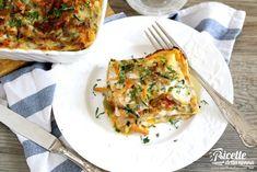 Lasagna vegetariana con carote, zucchine e melanzane Cannelloni, Vegetable Pizza, Lasagna, Quiche, Easy Meals, Easy Recipes, Recipies, Eggs, Vegetables