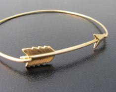 Arrow Bracelet breloque Bracelet indien par SweetAuburnStudio