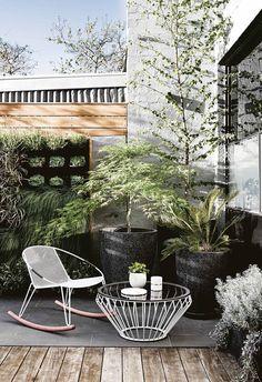 Boho Patio :: Backyard Gardens :: Courtyard + Terraces :: Outdoor Living Space :: Dream Home :: Decor + Design :: Free your Wild :: Bohemian Home Style Ideas + Inspiration Outdoor Rooms, Outdoor Gardens, Outdoor Living, Outdoor Decor, Outdoor Kitchens, Design Exterior, Patio Design, Fence Design, Street House