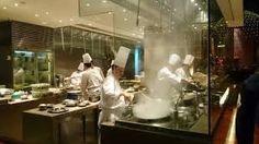 Résultats de recherche d'images pour «open kitchen restaurant»