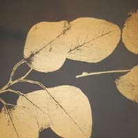 Leaf in charcoal/gold