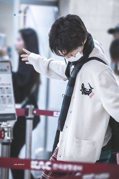 Ikon Leader, Kim Hanbin Ikon, Waiting For U, Handsome Prince, Kpop, Airport Style, South Korean Boy Band, Bigbang, In This World