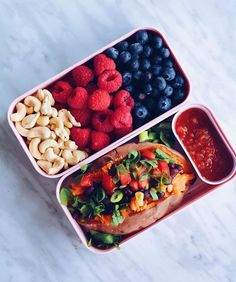 Stuffed sweet potato and berries & cashews  recipe for the sweet potato coming tomorrow! ✨and my new @monbento bento box in the colour litchi! It's so pretty  #bentobox #lunch #govegan