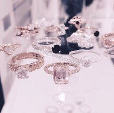 Image about luxury in Jewels 💍 by L'art est une femme Cute Jewelry, Jewelry Accessories, Jewelry Rings, Accesorios Casual, Diamond Are A Girls Best Friend, Dream Wedding, Luxury Wedding, Wedding Rings, Jewels