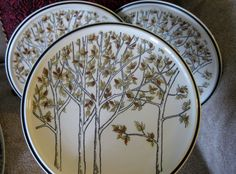 Vintage Mikasa Everfresh Hilltop  Dinner plates  by ChinaGalore