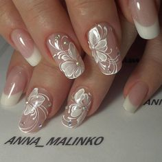 Wedding Nails Art Unghie Sposa Ideas For 2019 Nail Art Designs 2016, Flower Nail Designs, Nail Designs Spring, Cute Nail Designs, Cute Nails, Pretty Nails, Bridal Nail Art, Elegant Bridal Nails, Elegant Nails