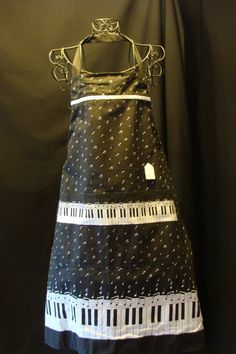 Small Adult Apron Piano Key pattern by kattts on Etsy (Accessories, Apron, apron, aprons, kitchen, gift, cooking, baking, pottery, women, accessories, cinched)