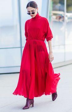 Trajes de San Valentín: un vestido rojo