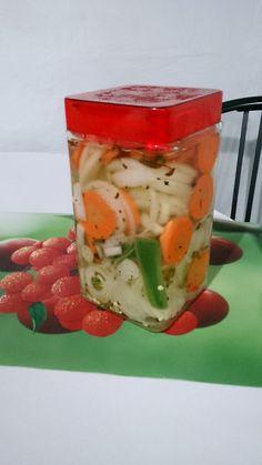 Cebollitas encurtidas cebolla morada cebollas y carne asada - Encurtido de zanahoria ...