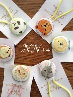 くるみボタンをデコパージュしております。アニマル柄がとても可愛いヘアゴムです(^-^)1〜6番からお選びください(^-^)写真とは、フチの色、ゴムの色が違う場合がございます。