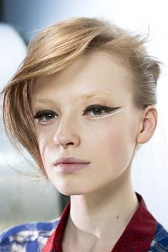 black and white graphic eyeliner