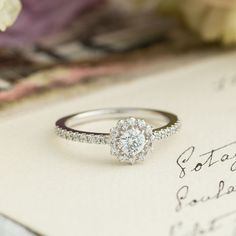 オーダーメイド婚約指輪 Girasole(ジラソーレ)| 婚約指輪のオーダーメイドはithイズマリッジ