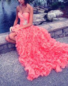 Pink open leg heart shape prom dress…
