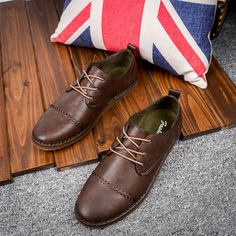 US $24 High Quality Luxury Brand Vintage Men Casual Shoes Mens Loafers Driving Shoes Moccasins Urban Style Swag lace Up Dark Brown
