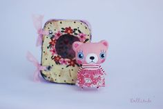 Awesome Etsy listing at https://www.etsy.com/pt/listing/253679026/miniature-bear-doll-pink-bear-artist