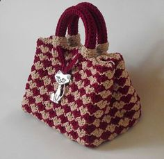 Crocheted bag w/ thick handles