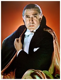 """vampiresandvixens: Extraordinary real color portrait of Bela Lugosi as Dracula Bela Lugosi rare color photo taken in Chicago circa probably during a """"Dracula"""" tour. Horror Icons, Horror Films, Horror Art, Lugosi Dracula, Hollywood Monsters, Caspar David, The Frankenstein, Vampires And Werewolves, Famous Monsters"""