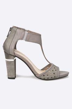 Carinii - Sandały Heeled Mules, Heels, Model, Fashion, Heel, Moda, Fashion Styles, Scale Model