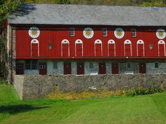 amish barn in pa.
