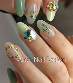 Akari Nail Design is part of nails - Japanese nail artist in Vancouver, Canada Stiletto Nail Art, Glitter Nail Art, Gel Nail Art, Nail Art Diy, Japanese Nail Design, Japanese Nail Art, Korean Nail Art, Korean Nails, Minimalist Nails