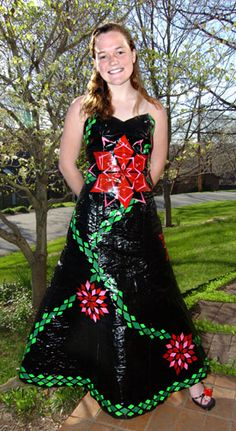 I wish I had someone to make a dress like this for. duct tape dress - Google Search Beautiful Dresses, Nice Dresses, Prom Dresses, Duck Tape Dress, Duct Tape Clothes, Unique Wedding Gowns, Wedding Ideas, Duct Tape Crafts, Balloon Dress