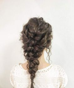 Wedding hairstyle for long hair: the cascade braid by tamaraalises Great Hairstyles, Wedding Hairstyles, Beautiful Hairstyles, Boho Bridal Hair, Princess Hairstyles, Long Braids, Twist Braids, Prom Hair, Hair Looks