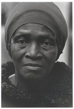 Louis Stettner: Woman in Stocking Cap, Rockefeller Center - 1976 Louis Stettner, Rockefeller Center, Street Photography, Nyc, Culture, Black And White, Portrait, American, People