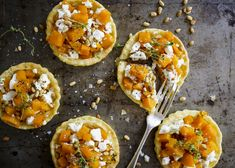 Thyme, feta butternut tarts Bruschetta, Deli, Tarts, Homemade, Ethnic Recipes, Sweet, Food, Gourmet, Mince Pies