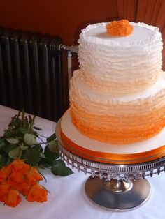 tangerine wedding cakes ombre, i love the shading and the kind of tip they used ADD diy <3 www.customweddingprintables.com <3