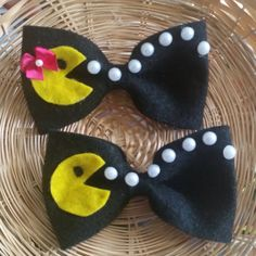 Choose Your Pacman or Miss Pacman Hair Bow by MJistheBOMB on Etsy