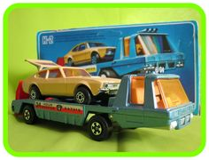 K2  Car Recovery Vehicle (Blue with Ford Capri)