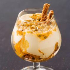 Speculos and exotic fruit tiramisu recipes Köstliche Desserts, Delicious Desserts, Dessert Recipes, Yummy Food, Fruit Recipes, Easy Tart Recipes, Cuisine Diverse, Dessert Cups, Sweets