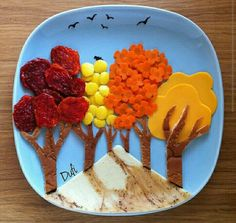 Edible Crafts, Food Crafts, Edible Art, Finger Foods For Kids, Veggie Art, Fruit Creations, Food Art For Kids, Creative Food Art, Food Garnishes