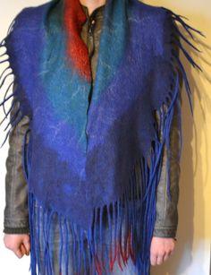 Filzschals - Schal, Filz, Blau, Rot, gefilzt, Wolle, Geschenk - ein Designerstück von Avoti bei DaWanda