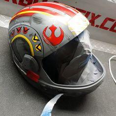 Custom Airbrushed Motorcycle Helmet by Airgraffix.com 071