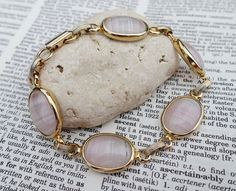 SOLD Sarah Coventry Bracelet Pink Glass Cabochon Gold Toned Metal Link Hallmark 1970s #SarahCoventry #ChainLink