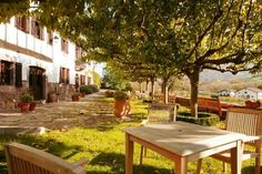 Hotel Señorío de Ursua en #ValleDeBaztán-#Arizkun (#Navarra) ofrece la #tranquilidad y el #silencio de la #naturaleza. Escápate con #Wonderbox y aprovecha una noche en habitación doble con desayuno continental y acceso en exclusiva al #spa ¡Increíble #WonderPlan!