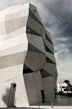 Vodafone Building by Barbosa & Guimarães