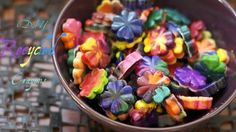 DIY recycled crayons. Do you have broken crayons that you don't want to waste? Why not reshape them into new, fun recycled crayons!
