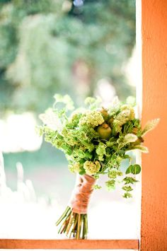 Contemporary Wedding Bouquets | Flower Chic: Green & Modern Wedding Bouquet