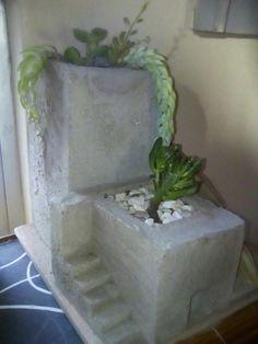 Concrete architectural planter