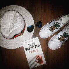 Jeszcze tylko 2 dni ���� #holidays #happygirl #instalike #instaphoto #gucci #shoes #hat #chirurg #follow #me #blogger #summer #coming #sea #home #student #umedpogodzinach #vibes #outoftown butimag.com/...-