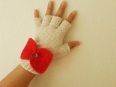 Red gift by Kadriye Sevim on Etsy