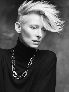 Fred & Ginger Vintage: Tilda Swinton by Paolo Roversi for Pomellato Paolo Roversi, Tilda Swinton, Pomellato, Androgynous Celebrities, Cyberpunk, Tv Movie, British Actresses, Famous Faces, Divas